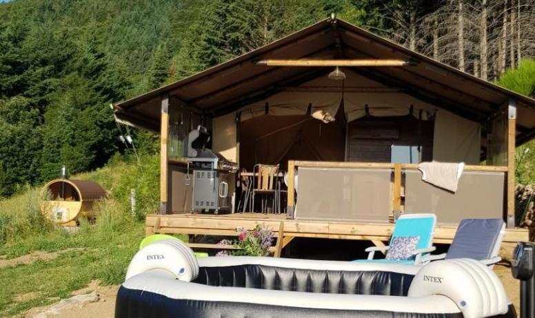 Gîtes de France - Votre tente avec terrasse bois
