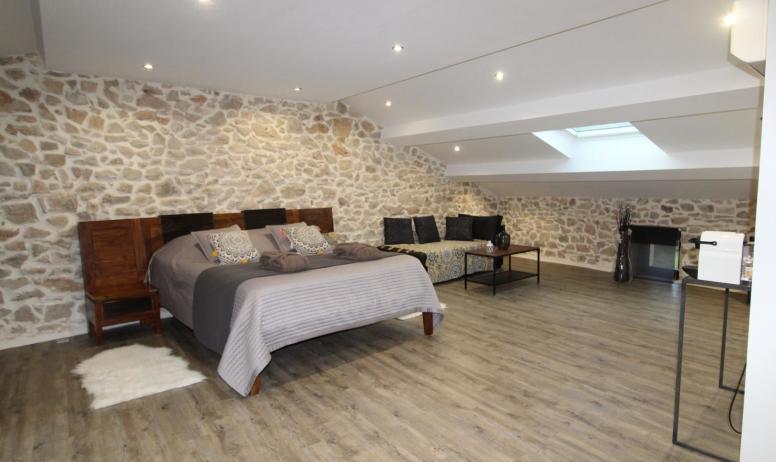 Gîtes de France - Suite Maë , la seule chambre avec climatisation réversible