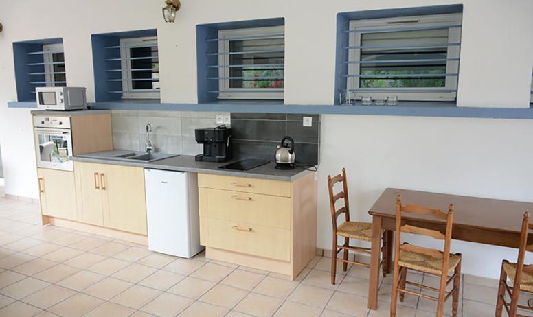 Chambre d'hôte l'OISEAU BLEU - salle à manger