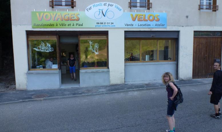 - Voyages Vélos