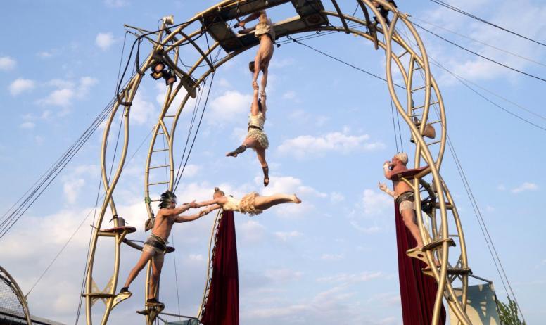 Cirque et villages de caractère pour retrouver son âme d'enfant !