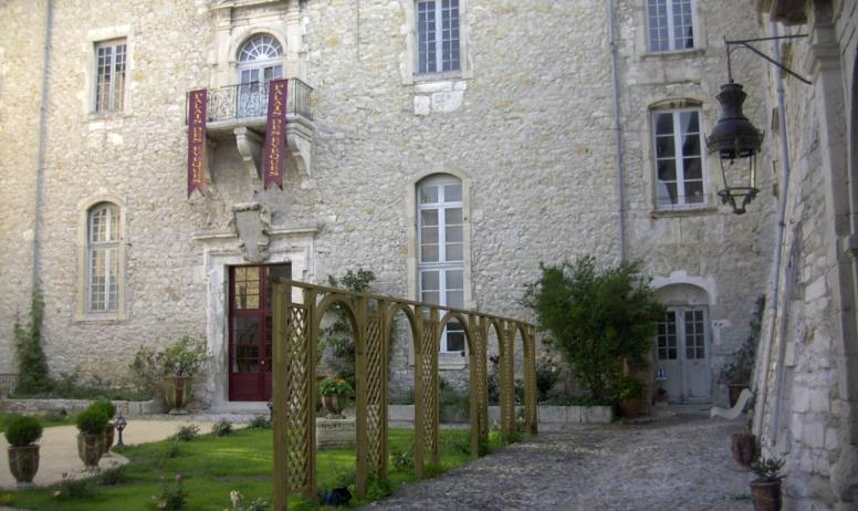 Bourg saint and ol que faire en ard che bourg saint and ol ardeche guide - Office de tourisme saint palais ...
