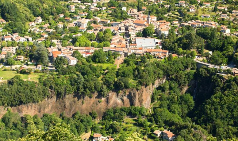 ©S.BUGNON - Thueyts - Le village vu de Bouchard ©S.BUGNON