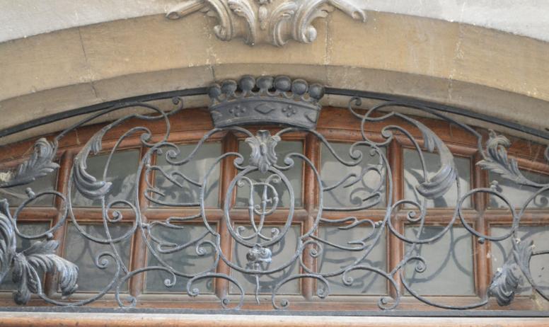 OTI du Rhône aux Gorges de l'Ardèche - Détail fenêtre