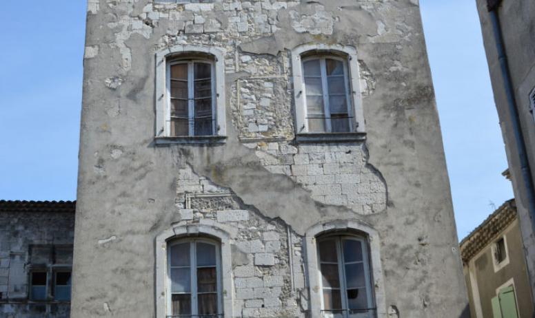 Oti du Rhône aux Gorges de l'Ardèche - Tour du 12e siècle