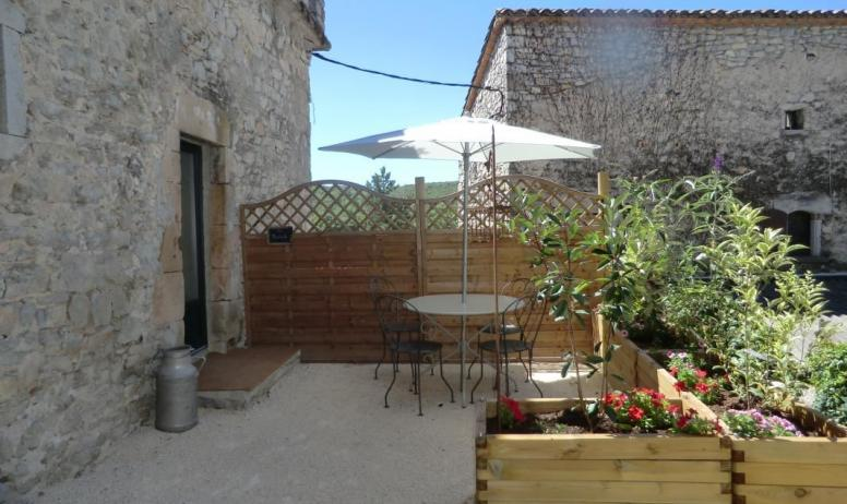 Gîtes de France - terrasse de la chambre la bastide