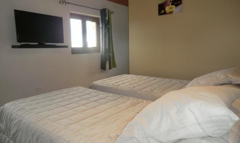 Gîtes de France - 1ere chambre équipée de 2 lits 1 personne