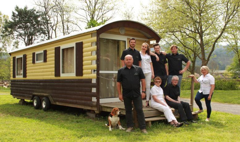©Camping Les Issoux - L'équipe du camping