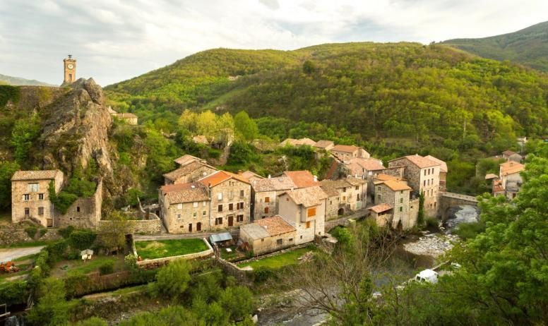 ©S.BUGNON - Burzet - Le Village-2 ©S.BUGNON