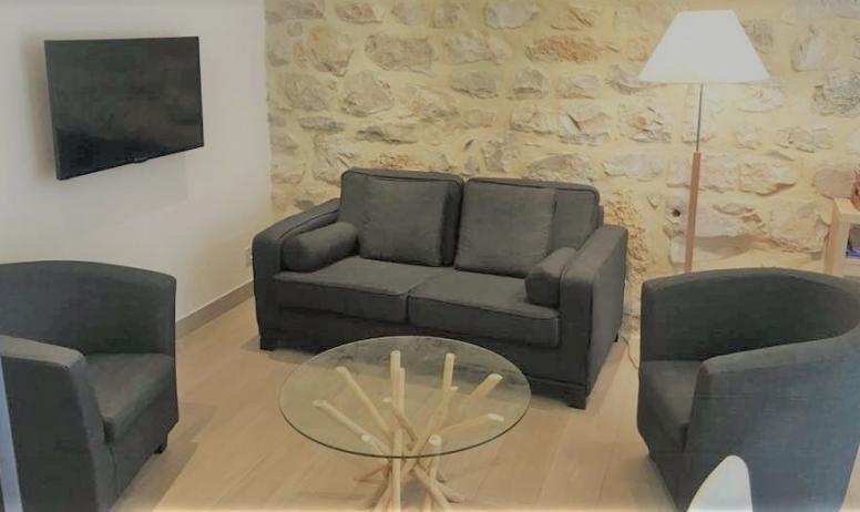 Gîtes de France - salon - tv
