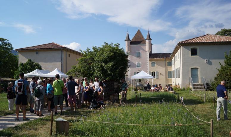©PNRMA ©N.Klee - Jaujac - Maison du Parc naturel regional des monts d'Ardèche extérieur ©N.Klee