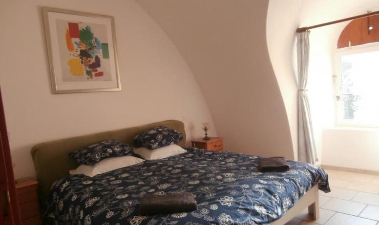 Gîtes de France - Deuxième chambre, avec une lit double grand format - 180x200 cm